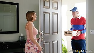 MILF slut Krissy Lynn seduces the delivery guy and eats his cum