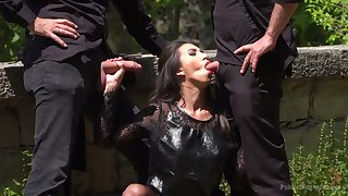Lewd bitch in black corset Frida Sante is ready for random MMF threesome outdoors